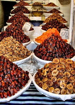 Export Iranian superior dried figs and dates